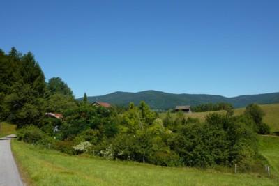 Landschaft in der Wandergemeinde Zenting.