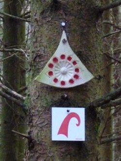 Wanderweg - Markierung im Bayerischen Wald bei Ranfels.