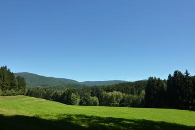 Tal nach Zenting mit Blick Richtung Geißlstein.